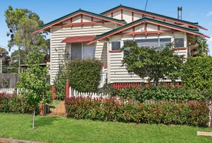 2 Edward Street, North Toowoomba, Qld 4350