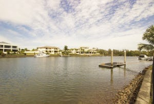 1668 Riverdale Dr, Hope Island, Qld 4212