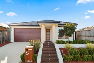 5 Alice Mary Road, Cranbourne West, Vic 3977