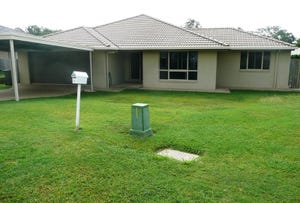 4 Downsfield place, Taroomball, Qld 4703
