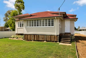 31 Donely Street, Oakey, Qld 4401
