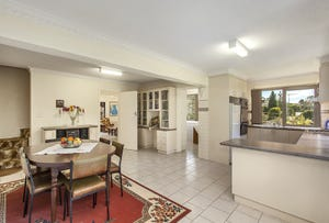 47 Woodhouse Road, Doncaster East, Vic 3109