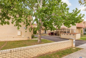 17/16 Broughton Place, Queanbeyan, NSW 2620
