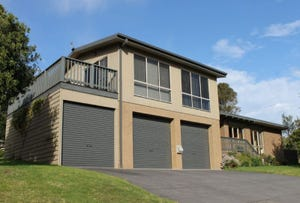 106 Church Street, Cowes, Vic 3922