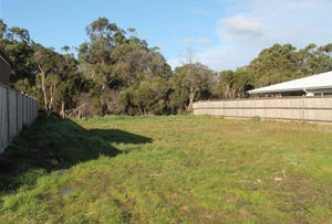 9 Blossom Road, Cowes, Vic 3922