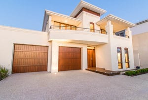 18 Enderby Close, North Coogee, WA 6163