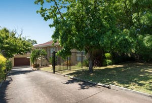 14 Club Point Drive, Chirnside Park, Vic 3116