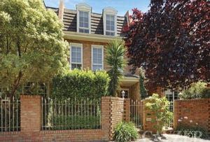 2/55 Canterbury Road, Middle Park, Vic 3206