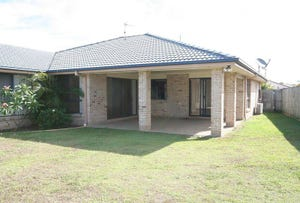8 Magnolia Crescent, Banora Point, NSW 2486