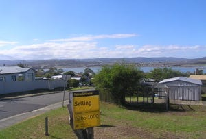 37 First Avenue, Midway Point, Tas 7171