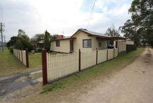 140 Miles Street, Tenterfield, NSW 2372