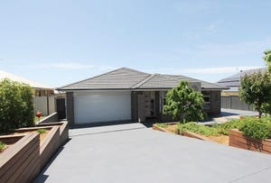 23 Poidevin Place, Goulburn, NSW 2580
