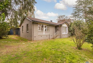 9 Scaddan Place, Curtin, ACT 2605
