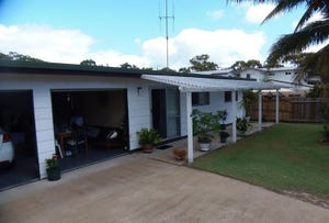 6 Coora Court, Rainbow Beach, Qld 4581