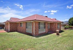 2 Yarraga Place, Tamworth, NSW 2340