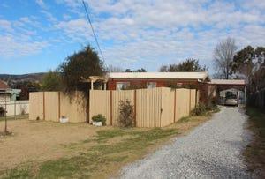 105 COWPER STREET, Tenterfield, NSW 2372