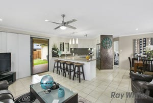 10 Hawkins Place, Thornlands, Qld 4164