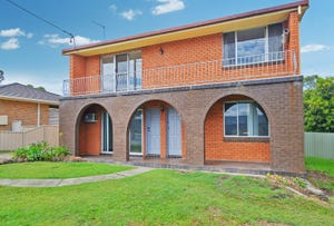 2/4 Mermaid Crescent, Port Macquarie, NSW 2444