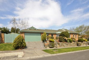 15 BUVELOT COURT, Chirnside Park, Vic 3116