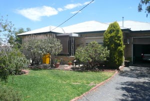 4 Thomas Street, Warracknabeal, Vic 3393