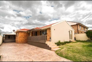 44 Firth Avenue, Green Valley, NSW 2168