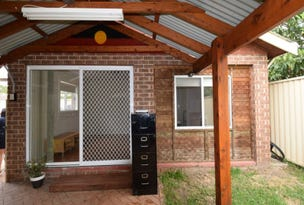 Granny flat 62a Myrtle Street, Prospect, NSW 2148