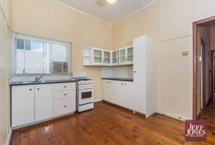 52 Peach Street, Greenslopes, Qld 4120