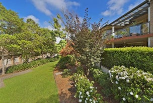 28 Castle Pines Drive, Baulkham Hills, NSW 2153