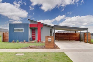 12 Rosella Grove, Cowes, Vic 3922