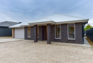 70 Riverboat Drive, Thurgoona, NSW 2640