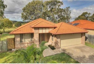 37 Fairway Drive, Meadowbrook, Qld 4131