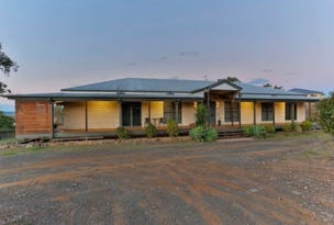 10 Sussex Drive, Oakey, Qld 4401