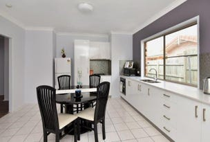 2/7 Suzanne Court, Kearneys Spring, Qld 4350