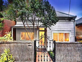 Photo of a corrugated iron house exterior from real Australian home - House Facade photo 526829