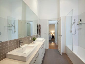 Modern bathroom design with recessed bath using ceramic - Bathroom Photo 524681