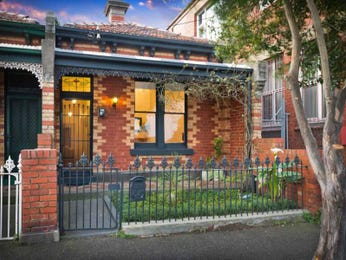 Photo of a brick house exterior from real Australian home - House Facade photo 1603001