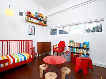 Children's room bedroom design idea with floorboards & built-in shelving using red colours - Bedroom photo 526725