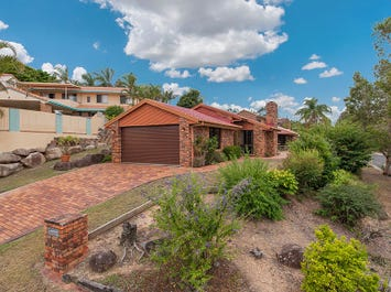 28 Bankhead Crescent, Stafford Heights, Qld 4053