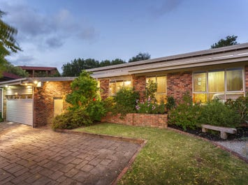 5 Hay Court, Doncaster East, Vic 3109