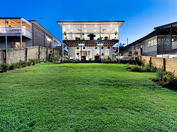 4 Prout St, Camp Hill, Qld 4152