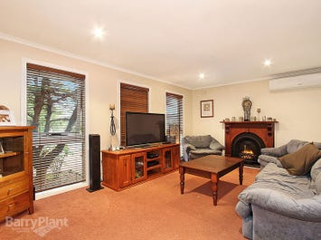 49 Miller Road, The Basin, Vic 3154