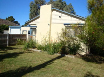 103 Mahoneys Road, Forest Hill, Vic 3131
