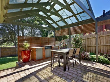 32 Fortescue Grove, Vermont South, Vic 3133