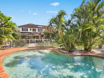 19 Santabelle Crescent, Clear Island Waters, Qld 4226