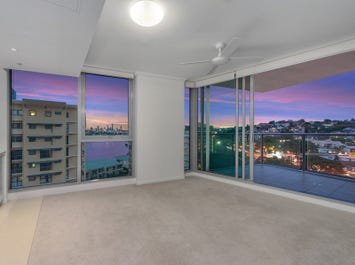 10913/8 Harbour Road, Hamilton, Qld 4007