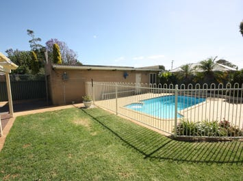 25 Battersea Way, Morley, WA 6062
