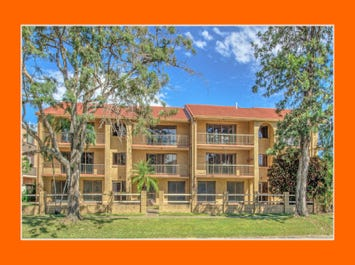 14-16 TE Peters Drive, Broadbeach Waters, Qld 4218