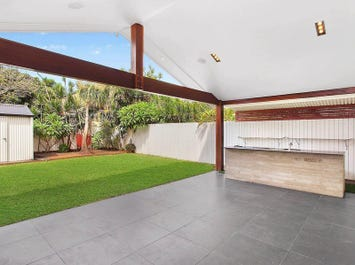 119 Nobby Parade, Miami, Qld 4220