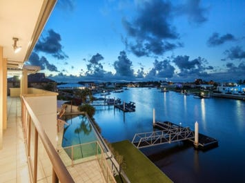 52 Sir Joseph Banks Dve, Pelican Waters, Qld 4551