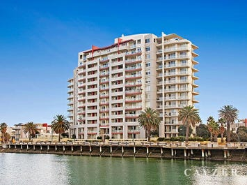 1106/115 Beach Street, Port Melbourne, Vic 3207